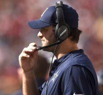 Jerry Jones says Tony Romo will be a 'great offensive coordinator' one day