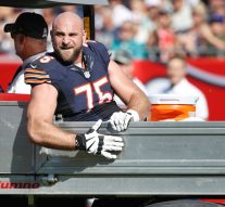 Bears guard Kyle Long shares gruesome photo of injured ankle before surgery