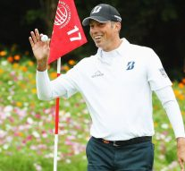 Kuchar retroactively receives car for hole-in-one