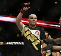 Glover Teixeira vs. Jim Manuwa in place for UFC 208