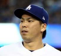 Watch the Dodgers' Kenta Maeda surprise a youth team with an amazing disguise