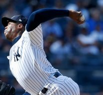Dontrelle Willis offers a simple fix for Aroldis Chapman's recent struggles
