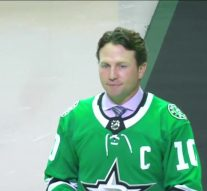 Awesome moment when Brendan Morrow comes out during pregame